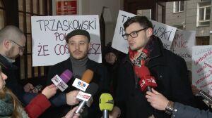 """Śpiewak pytał o """"gwałt na mieście"""". Trzaskowski nie wyszedł z biura"""