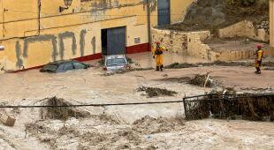 Powodzie w Hiszpanii (PAP/EPA/Natxo Francés/Marcial Guillén/MORELL/Security and Emergencies Bureau /HANDOUT)
