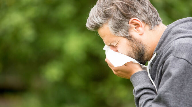 Zapalenie spojówek, chrypka, katar? Lekarze: winien może być pył saharyjski